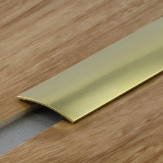 Tapis SHADE à motif géométrique triangles - fond bleu marine - 120x170cm